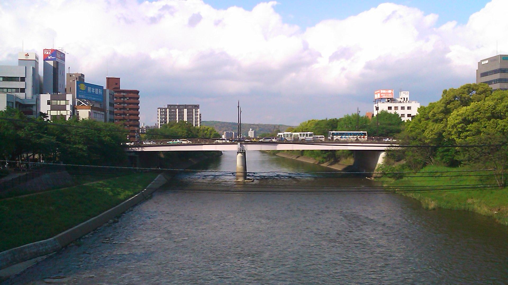 安巳橋から。